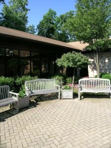 Benches.Memorial.Garden